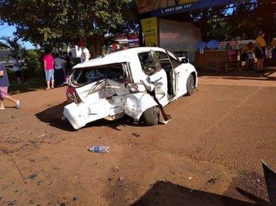 Triple choque deja 5 heridos en Minga Guazú