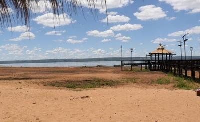 HOY / Alarmante bajada: lago Ypacaraí agoniza mientras autoridades no se ponen de acuerdo