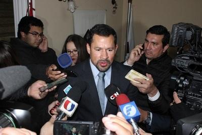 Ulises Quintana pide salir de prisión para asistir de sepelio de su padre