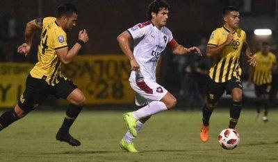 Con el VAR como protagonista Guaraní vence a Cerro Porteño
