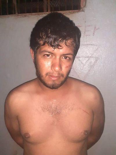 Detenido tras intentar vender a un policía un auto robado
