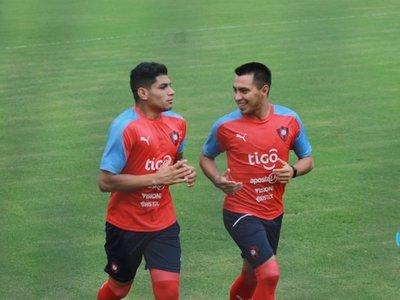 El primer refuerzo ya entrena con Cerro Porteño