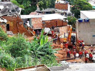 Brasil: suben a 45 los muertos y a 101 los municipios en emergencia por lluvias