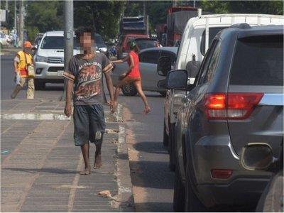 Niñez prevé impulsar generación de ingresos con familias de Abrazo