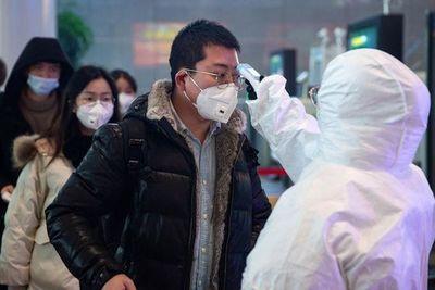 """La OMS eleva a """"alta"""" amenaza mundial del virus, que causa 106 muertos en China"""