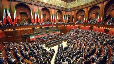 Italia votará el 29 de marzo para definir si achica el Parlamento de 945 a 600 miembros