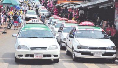 Taxistas de CDE se movilizarán repudiando a intendente y aplicaciones