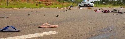 Mujer muere tras chocar frontalmente contra furgoneta