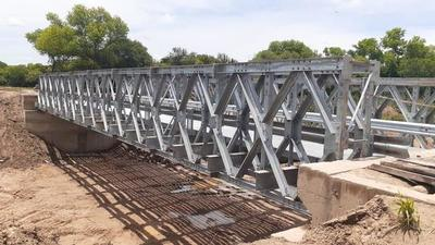 Puente metálico es un sueño de pobladores porque permite habilitar nuevo camino en el Chaco