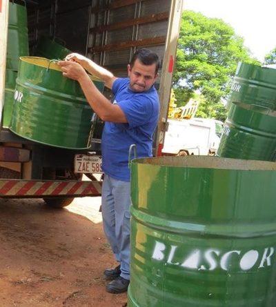 Donan basureros a la Municipalidad de Presidente Franco