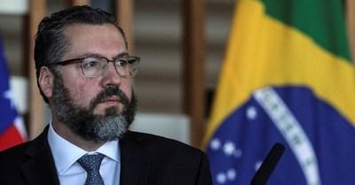 Canciller brasileño vendrá al país para coordinar acciones bilaterales en torno a la renegociación de Itaipú