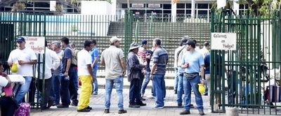Sindicatos se movilizarán por recorte de privilegios