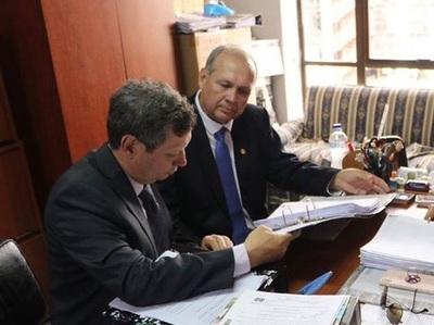 Defensa de Ferreiro pide auditoría de bocas de cobranza de Municipalidad de Asunción