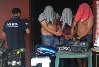Detienen a supuestos microtraficantes en Santa Rita