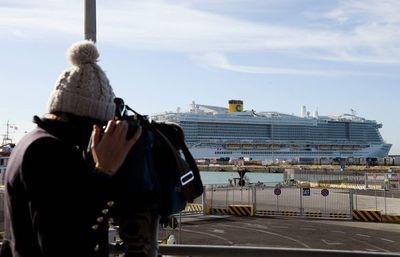 Crucero con 7.000 personas, bloqueado cerca de Roma por casos sospechosos de  coronavirus