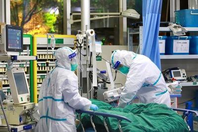 El virus de China supera las 130 muertes, mientras Japón y EEUU evacuan a sus ciudadanos