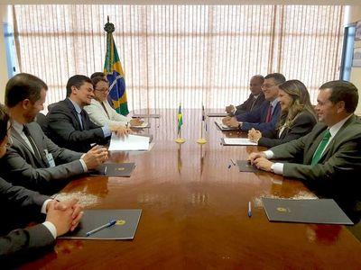 Brasil y Paraguay coordinan lucha contra el PCC y Comando Vermelho