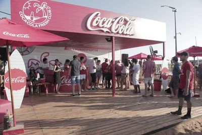 Coca-Cola promueve el cuidado del ambiente en playas de Encarnación