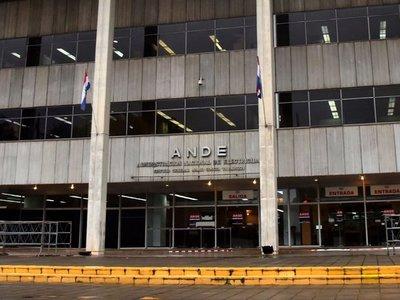 Pago de sobresueldos en la  ANDE se duplicó en 4 años