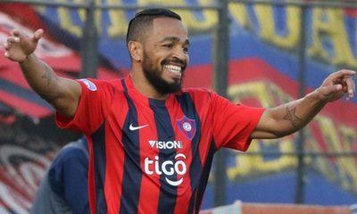 'Palito' Pereira vuelve al fútbol paraguayo