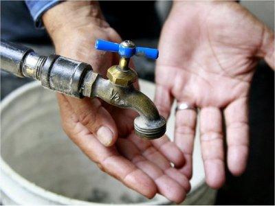 Vecinos del barrio General Díaz denuncian tres meses sin agua