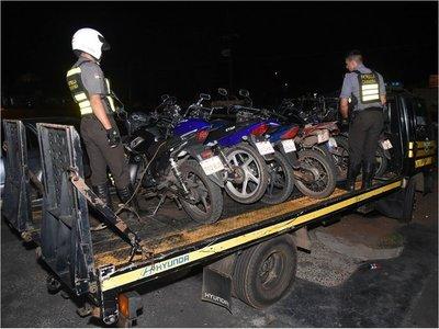 Caminera incauta motocicletas en control contra carreras clandestinas