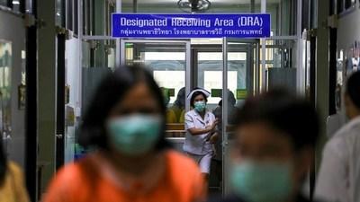 ¿Encontrada la cura para el coronavirus?: un cóctel de medicamentos contra la gripe y el VIH se muestra eficaz