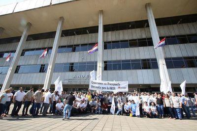"""Sindicatos levantan movilización """"por hoy"""" y analizan nuevas medidas a tomar"""