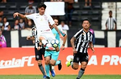 HOY / Corinthians deja fuera de la Libertadores al chileno Araos