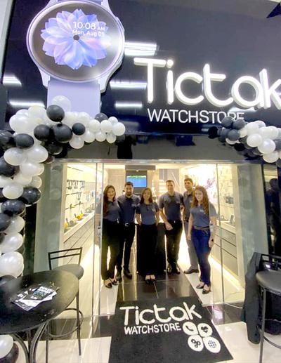 """La primera tienda de """"smartwatch"""" de la Triple Frontera se instala en CDE"""