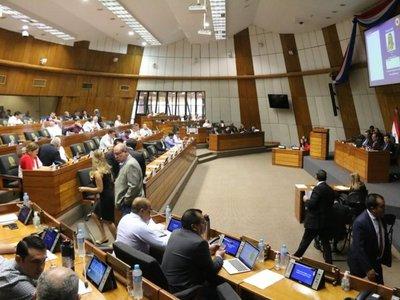Diputados debaten ley del financiamiento político en medio de posturas divididas