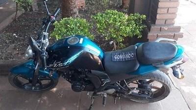 Argentina: Llegó a su casa con una motocicleta robada, su madre lo delató y la policía lo detuvo