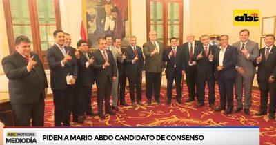 Gobernadores se reúnen con Abdo Benítez y piden acercamiento a Cartes