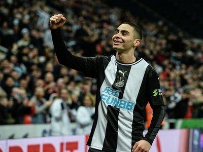 Miguel Almirón sigue en FA Cup