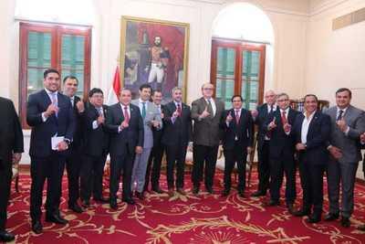 Gobernadores piden a Mario Abdo y HC gestionar unidad en el Partido Colorado