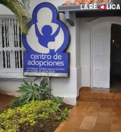 Promulgan ley que agiliza procesos de adopción