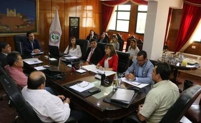 """HOY / Trabajo rechaza propuesta del IPS: """"Solo el 14 % de aportantes logra jubilarse"""""""