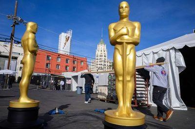 Hollywood despliega la alfombra roja en la cuenta atrás para los Óscar