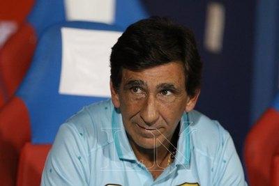 """Costas lamenta pérdida de su """"hombre clave"""" para medir a Olimpia"""