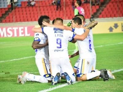 Luqueño triunfa en la Sudamericana