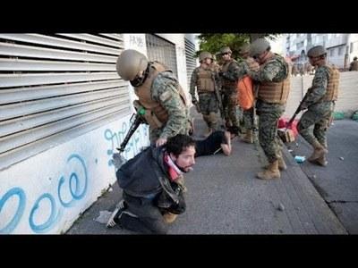 Registran 697 víctimas de golpizas por parte de agentes del Estado en Chile