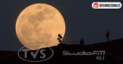 Este domingo observa el cielo, se verá la primera superluna del año