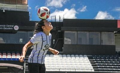 HOY / Los cimientos de una gran futbolista