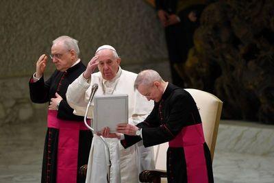 El Papa, preocupado por los desplazados