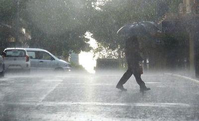 Anuncian una jornada calurosa y con lluvias para este lunes