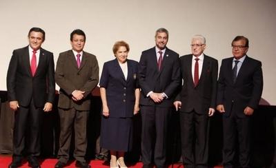 HOY / Justifican 'reivindicación' del stronismo en la administración de Eduardo Petta