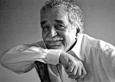 Gabo lee Macondo... en la primera gran exposición sobre García Márquez