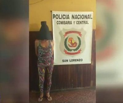 Detienen a una mujer que intentó asaltar con machete de 50 cm