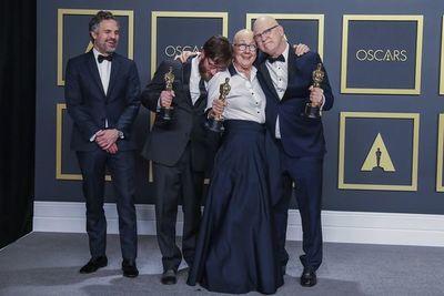 """""""American Factory"""", documental de los Obama, deja a Petra Costa sin el Óscar"""