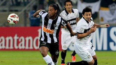 ¿Ronaldinho al Olimpia?